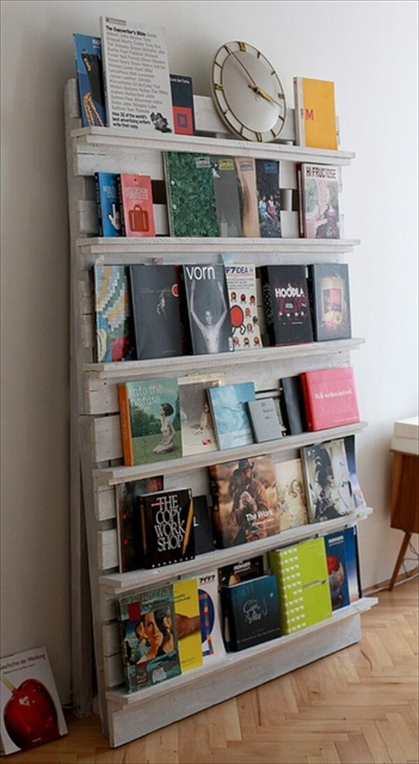 pallet-bookcase