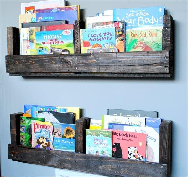 pallet-bookshelves