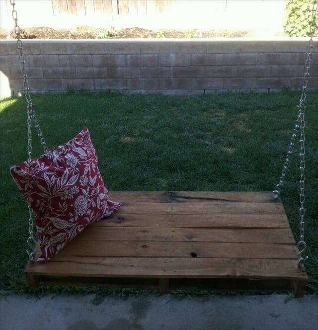 Pallet swing bench diy