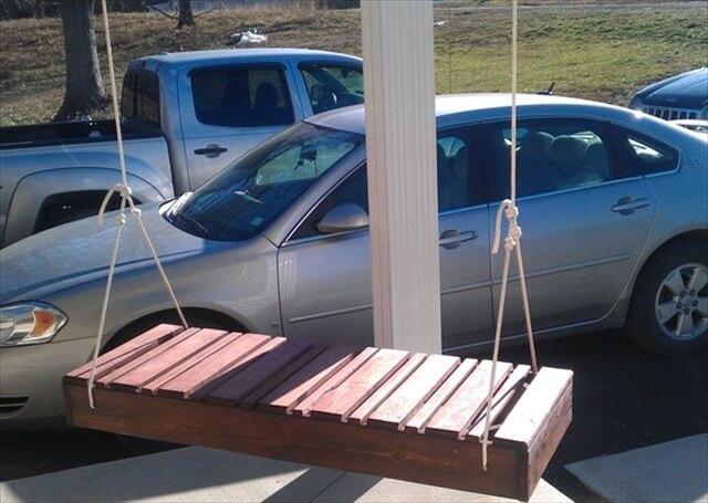 Pallet swing seating