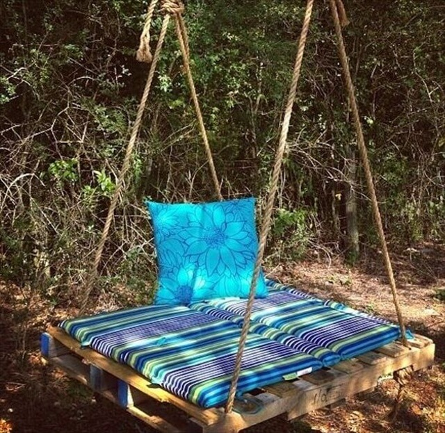 33 Pallet Swings Chair Bed And Bench