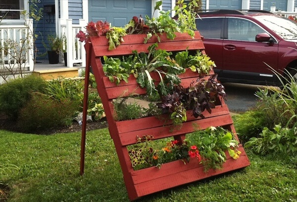 13 Pallet Vertical Garden for Beautifying you Home