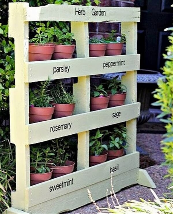 13 pallet vertical garden for beautifying you home for Diy pallet herb garden