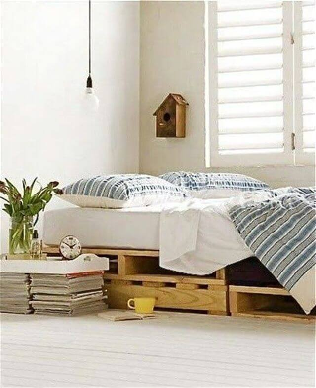 Bed Pallets Ideas: Affordable DIY Pallet Furniture: 3 DIY Projects