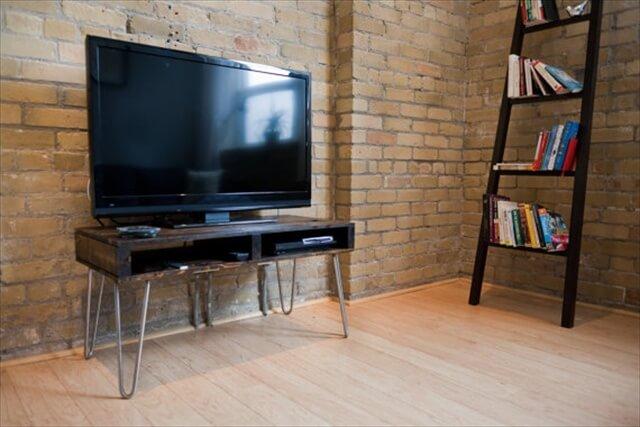 seven ravishing plans on pallet tv stand pallet. Black Bedroom Furniture Sets. Home Design Ideas