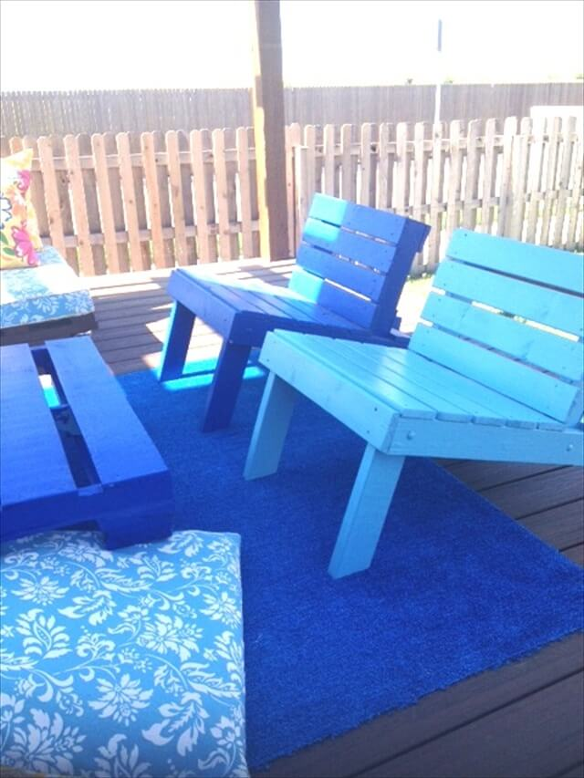 4 Steps To Make Pallet Patio Set Pallet Furniture Diy: diy outdoor furniture