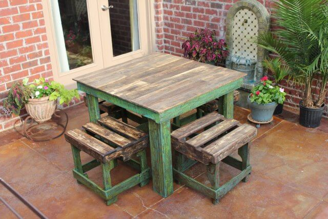 diy pallet breakfast table pallet furniture diy. Black Bedroom Furniture Sets. Home Design Ideas