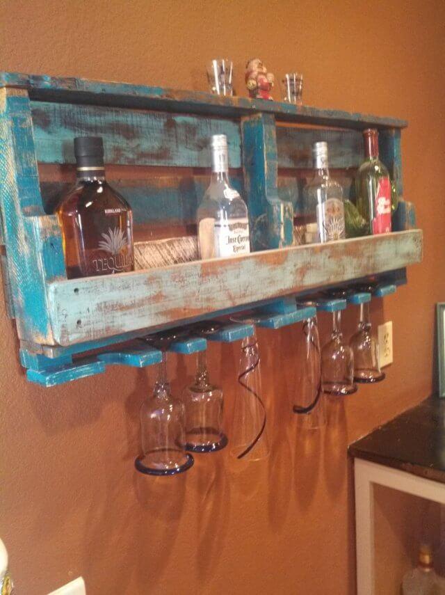 DIY Old Pallet Wine Rack Pallet Furniture DIY : pallet wine rack 2 from palletfurniturediy.com size 640 x 855 jpeg 66kB