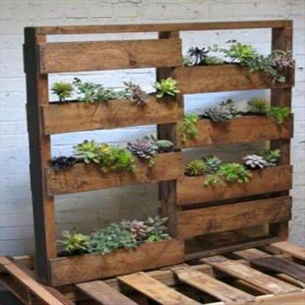 vertical pallet wood planter