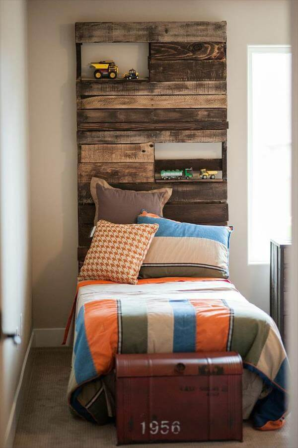 7 diy pallet headboard ideas pallet furniture diy for How to make a headboard out of pallets