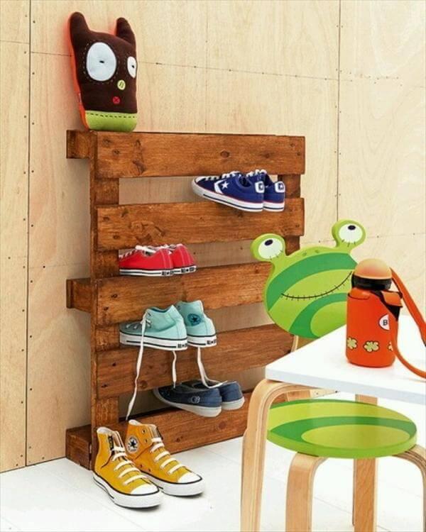pallet shoes rack for kids