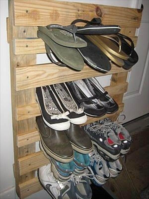 vertical pallet shoes rack
