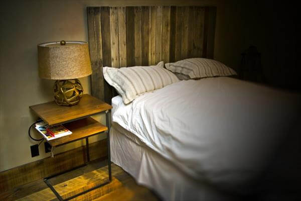 headboard with pallet