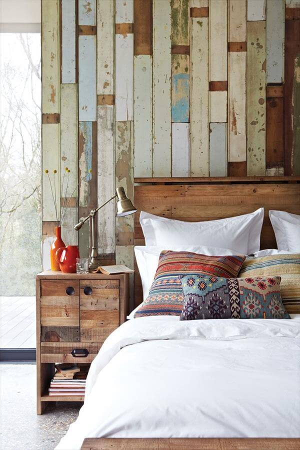 16 DIY Wood Pallet Wall Ideas | Pallet Furniture DIY on Pallet Bedroom Design  id=20099