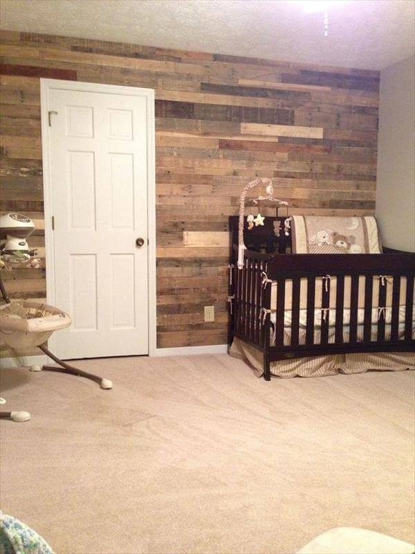 Wood Pallet Wall for kids room