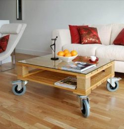 salvaged pallet coffee table