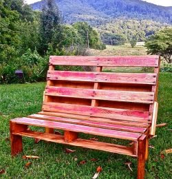 Bench Made From Pallets