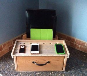 recycled pallet charging station