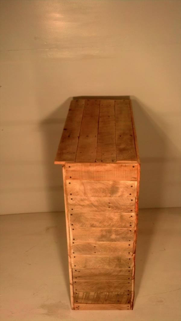 reclaimed pallet entry table