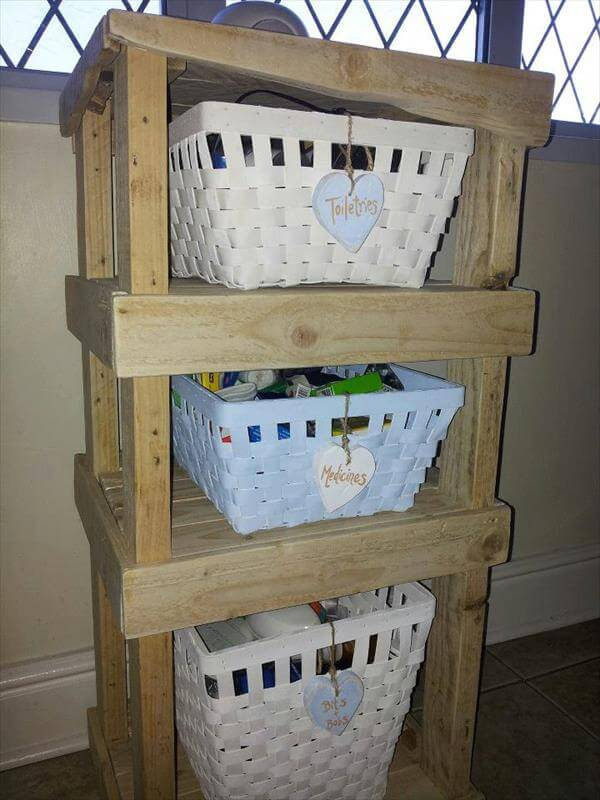 re-purposed pallet shelf