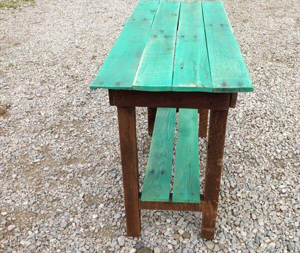 reclaimed pallet end table idea