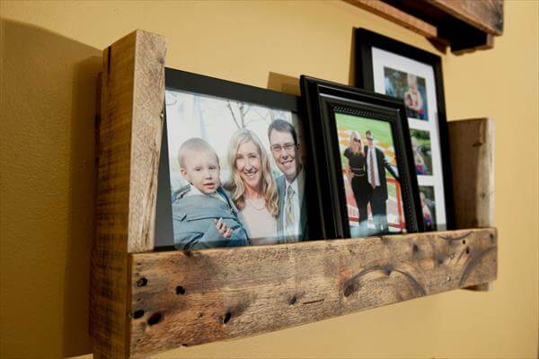 reclaimed pallet picture shelf