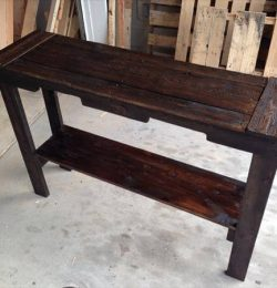 Pallet Sofa Table