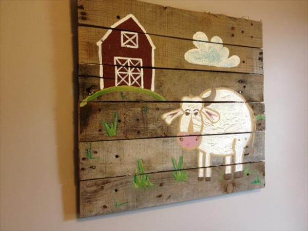 reclaimed pallet wall art