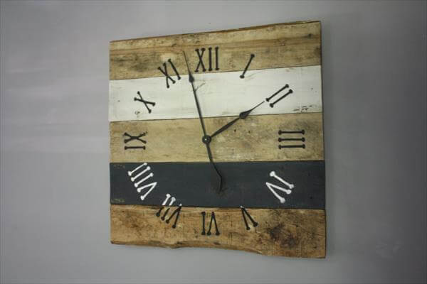 reclaimed pallet wall clock