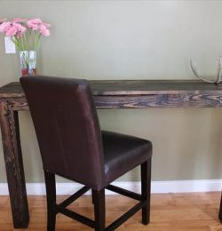 recycled pallet breakfast table