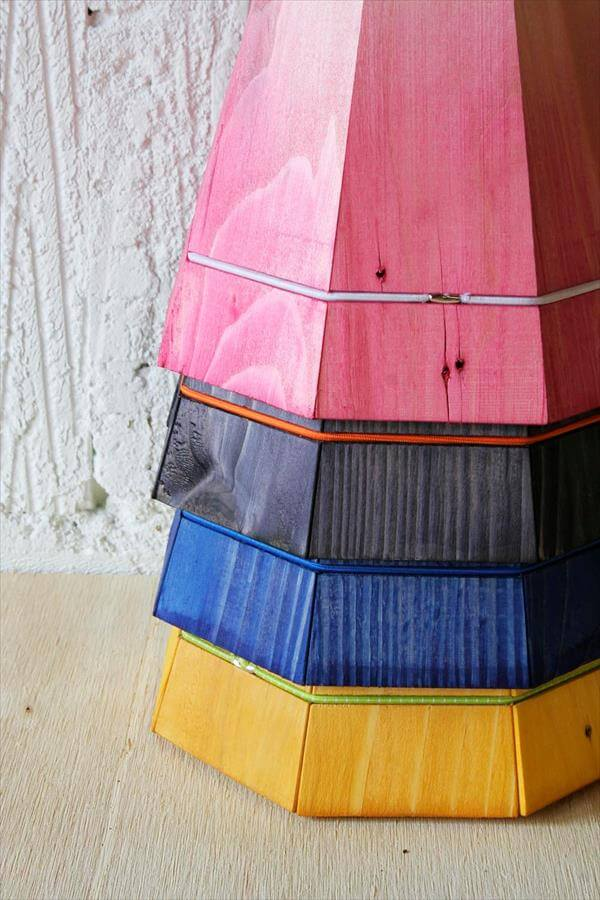 lamp shades out of pallet wood