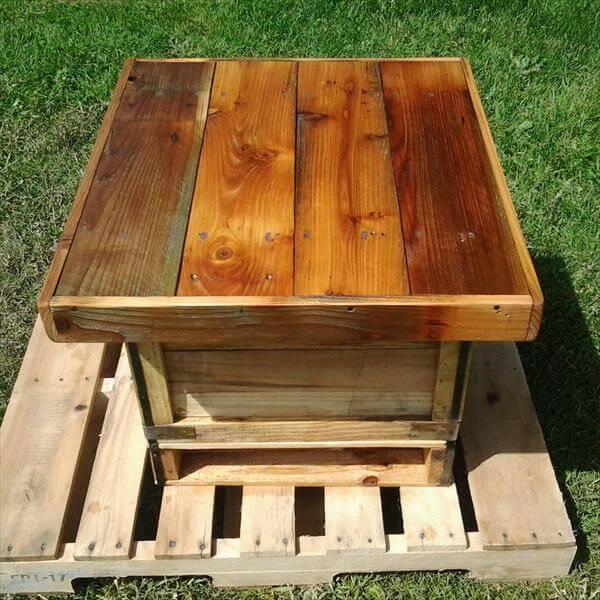 rustic pallet mini table