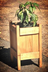 recycled pallet garden planter