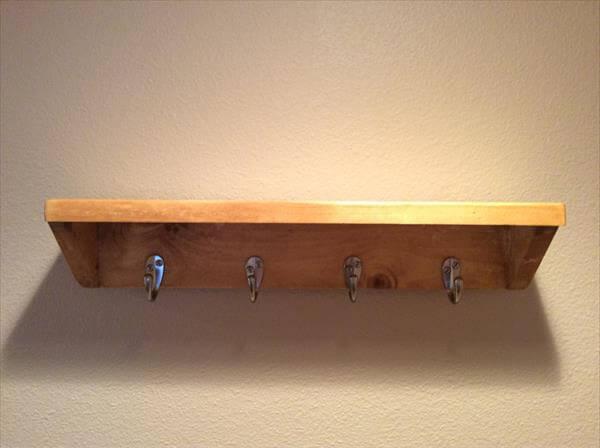 reclaimed pallet shelf and rack