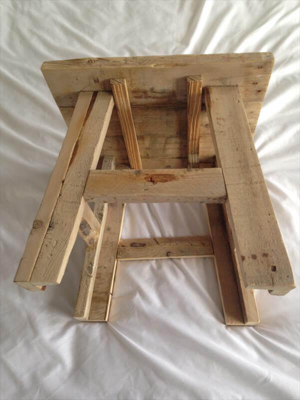 reclaimed pallet wood stool pallet furniture diy