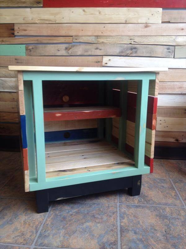 diy colorful pallet TV stand