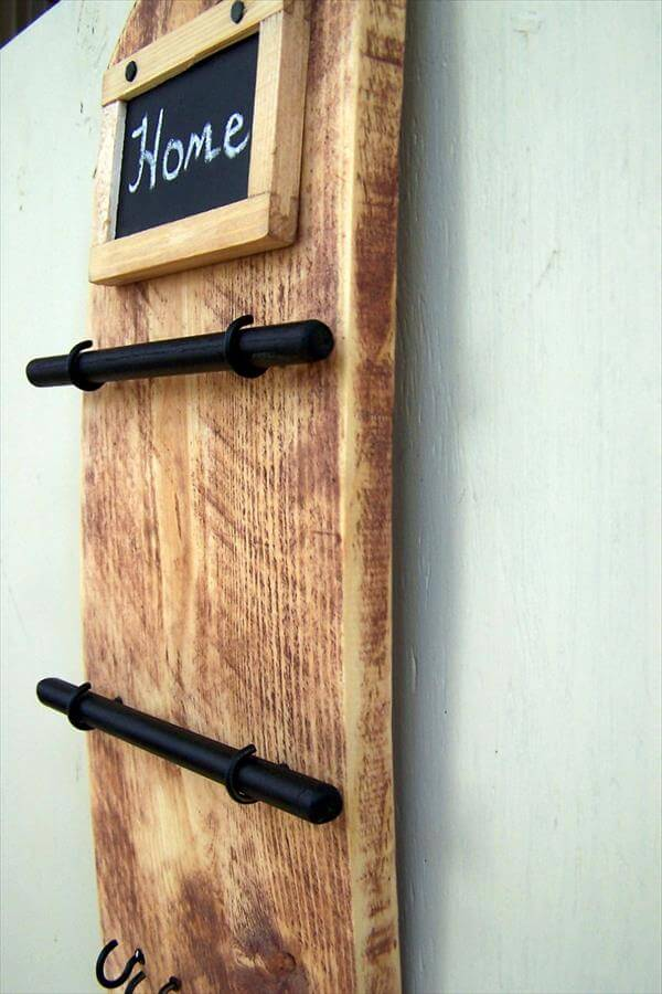 upcycled pallet jewelry organizer