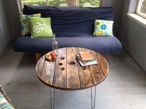 reclaimed pallet spool coffee table
