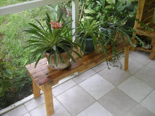 DIY Pallet Wood Zen Bench