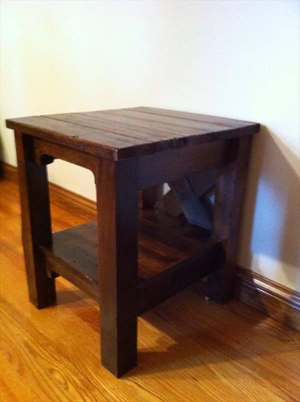 DIY Pallet Wood Side Table   Pallet Furniture DIY