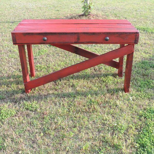 repurposed pallet couch table
