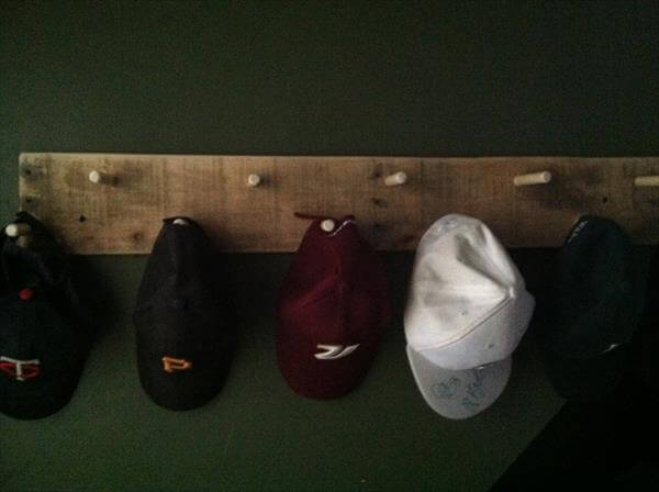 recycled pallet hat and coat rack