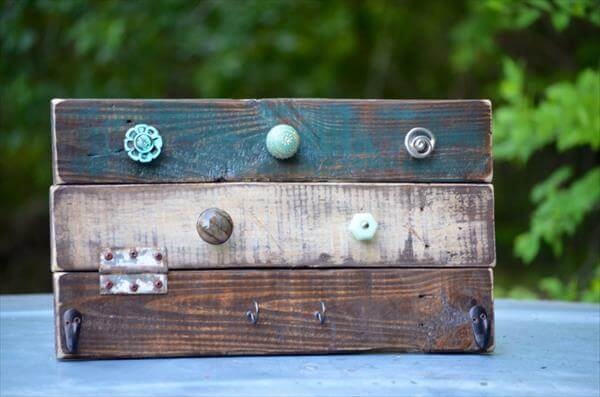 recycled pallet jewelry organizer