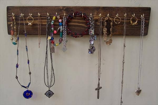 rustic pallet jewelry organizer