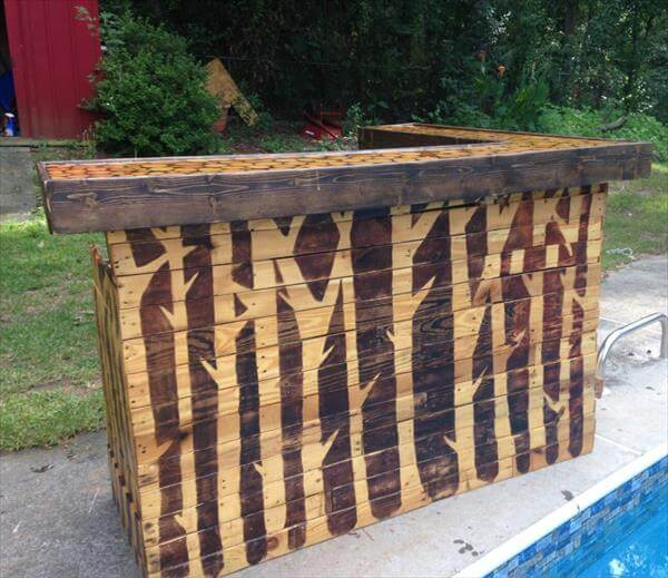 recycled pallet reception desk
