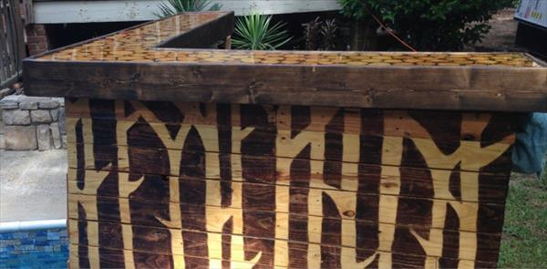 reclaimed pallet reception desk