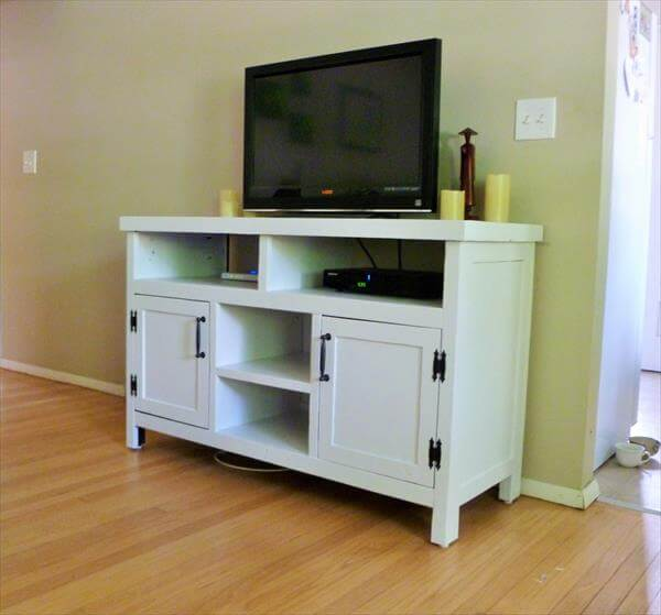 Pallet Made Media Console/TV Stand