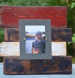 recycled pallet picture frame