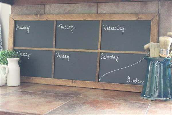 upcycled pallet chalkboard