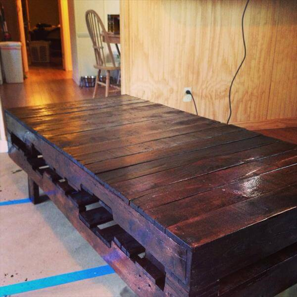 recycled pallet antique stained coffee table